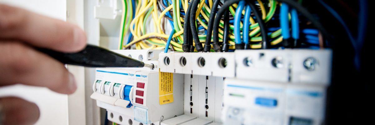Installatore impianti elettrici